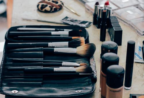 Materi : Cara Menulis Artikel Beauty di Sesi Ngopi Cantik #5 bersama Beautiesquad